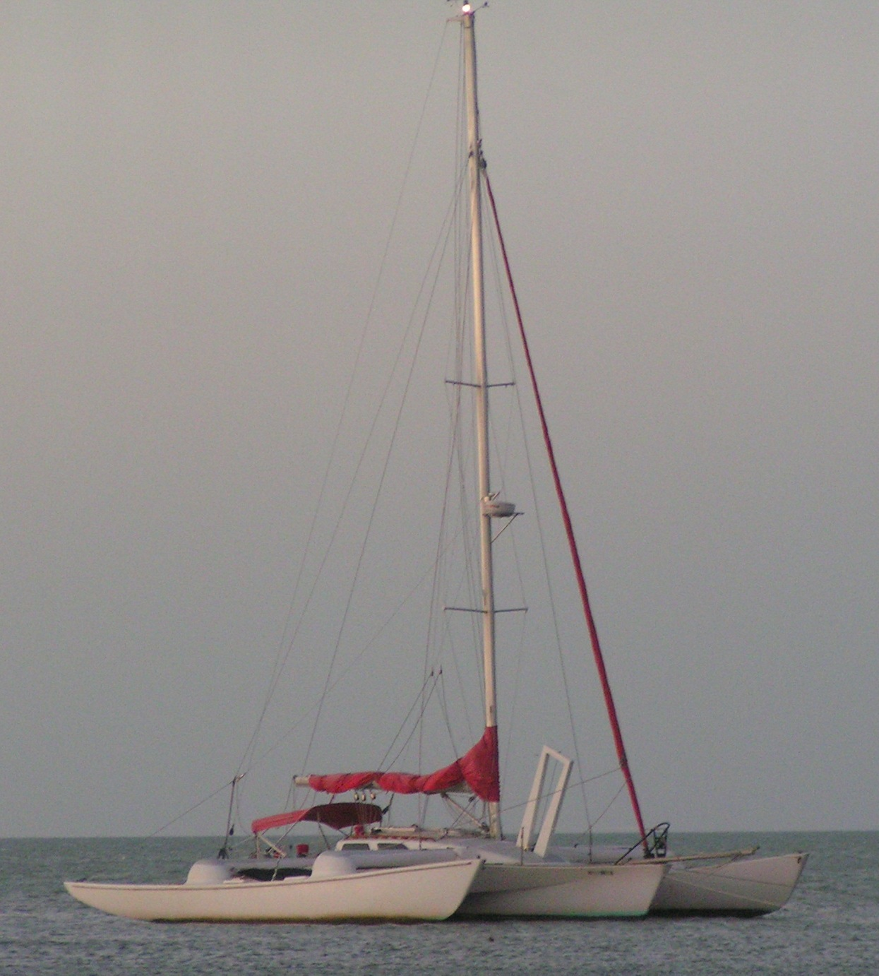 Condor 40 at anchor - for sale 75.000,-US$ 956-943-5150
